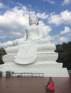 To give you a glimpse of how gigantic this white buddha is!