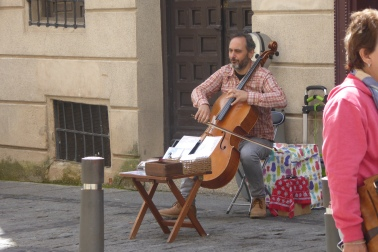 Musicians outside of the Cathedral